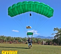 Tandem Cairns 14000 ft pure adrenalin guaranteed.