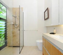 The Cassowary ~ Master Ensuite Bathroom