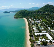 Trinity Beach only 20 minutes from Cairns Airport