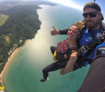 Tandem Cairns Skydiving offers a spectacular location for a Tandem Skydive and your extreme skydiving adventure